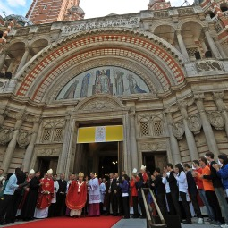 WESTMINSTER CATHEDRAL IN LONDON. Young people surround Pope Benedict XVI outside Westminster Cathedral in central London Sept. 18.