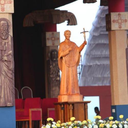A statue of St. Joseph Vaz at the Jan. 14 canonization Mass in Colombo, Sri Lanka.