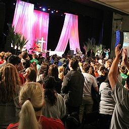 Thousands of pilgrims engage with Cardinal Sean O'Malley during a July 26 catechesis talk in the Vivo Rio center in Rio de Janeiro.