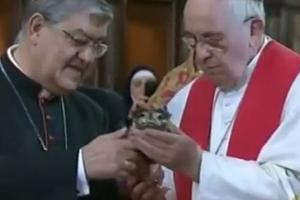 Pope Francis and Cardinal Sepe hold relic of St. Januarius' blood in the Naples cathedral March 21.