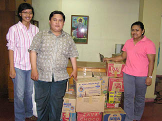 Collecting goods for Sumatran earthquake victims.