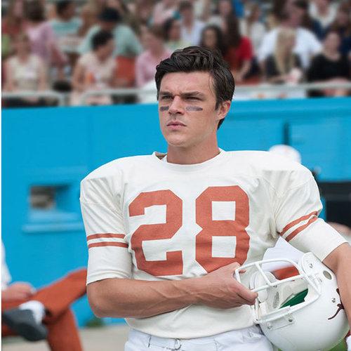Finn Wittrock as real-life athlete Freddie Steinmark.