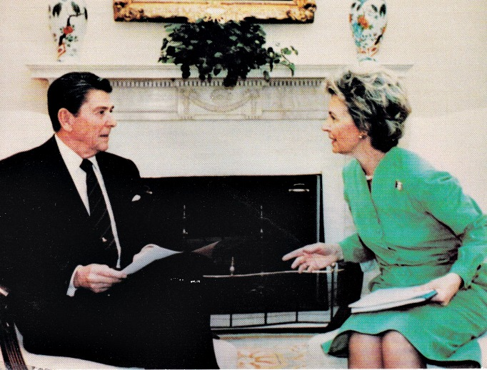 Phyllis Schlafly meets with President Ronald Reagan at the White House.