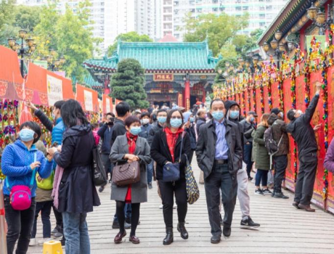 People wear masks prevent the coronavirus at Wong Tai Sin Temple in Hong Kong, January 28, 2020.