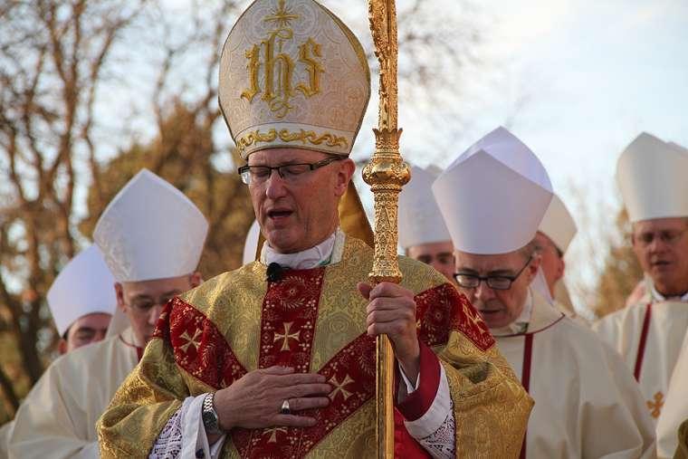 Bishop James Conley prays at installation Mass outside of Risen Christ Cathedral in Lincoln, Nebraska, Nov. 20, 2012.
