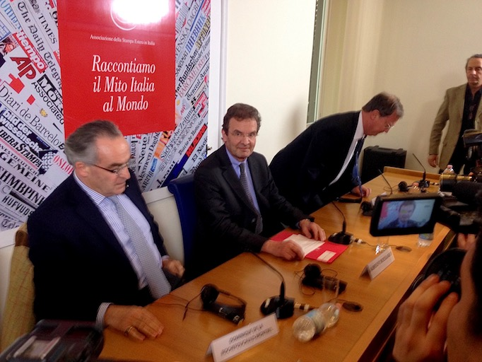 Albrecht Freiherr von Boeselager, center, at a Rome press conference, Feb. 2, 2017.
