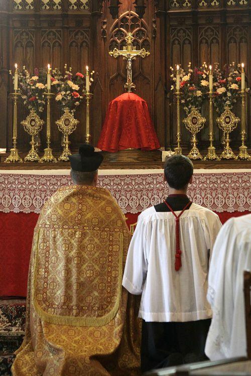 A SSPX Mass in St. Jude's Church, Philadelphia.