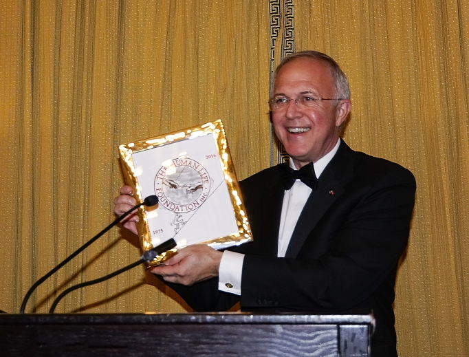The Human Life Foundation honored Carl Anderson, supreme knight of the Knights of Columbus, with the foundation's 'Great Defender of Life Award' Oct. 27.