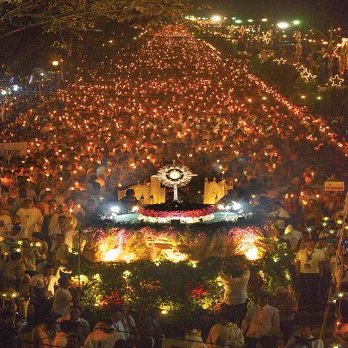 Eucharistic procession in the Philippines for the International Eucharistic Congress.