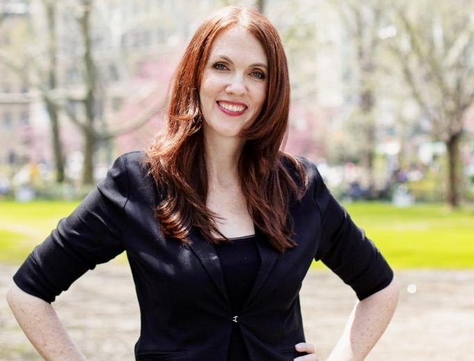 Catholic mom-turned-comedian Jennifer Fulwiler