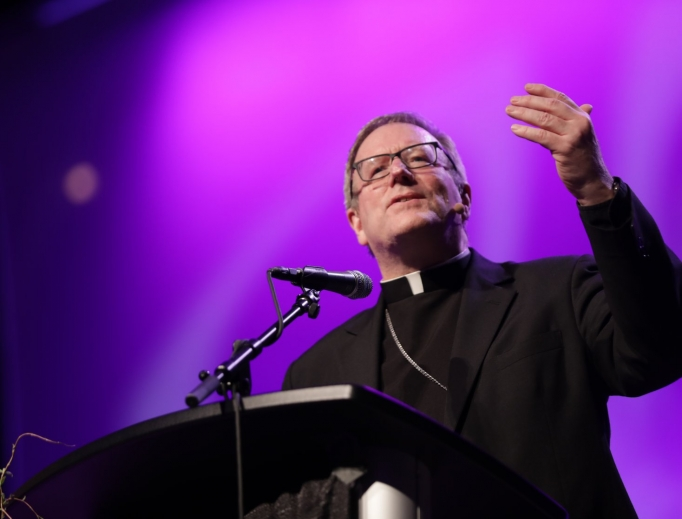 Los Angeles Auxiliary Bishop Robert Barron presents 'Evangelization Through Beauty' at the Los Angeles Religious Education Congress March 17.