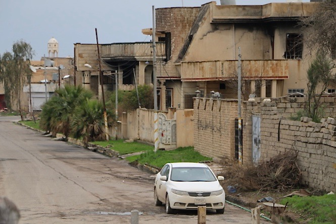 A street close to the entrance of Karemlash.