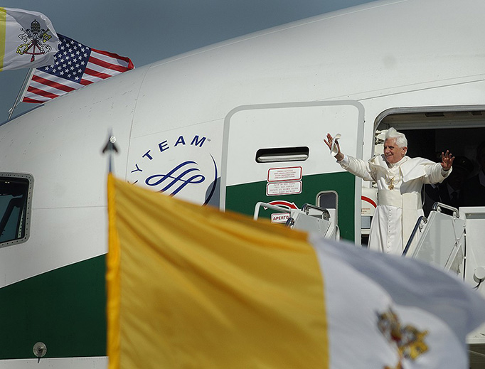 Pope Benedict XVI arrives at Andrews Air Force Base, Maryland, on April 15, 2008
