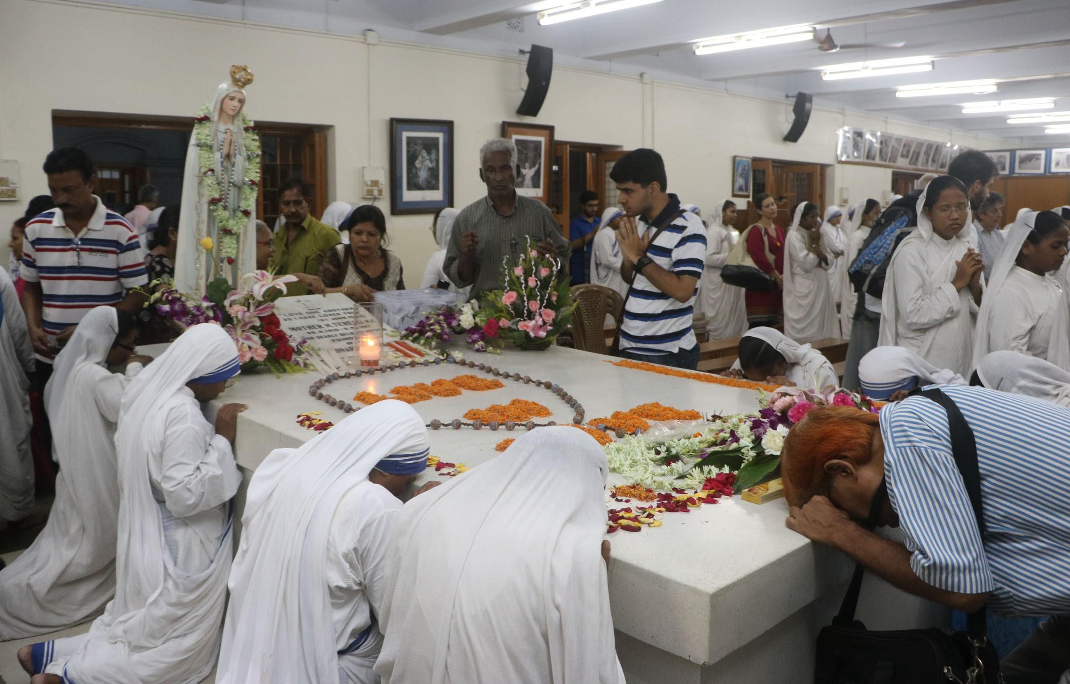 Akkara-Missionaries of Charity Tomb of Mother Teresa