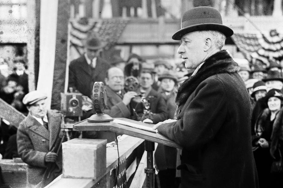 Governor Al Smith speaks before a crowd, probably during his 1928 presidential campaign.
