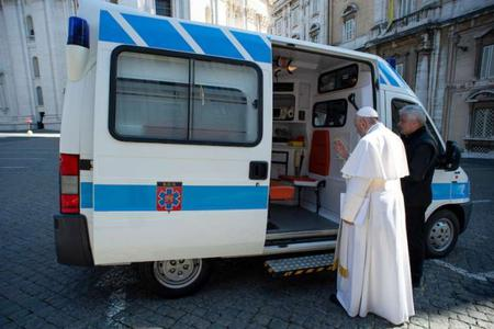 Pope Francis' Ambulance Brings Free Flu Shots and Coronavirus Tests to the Homeless