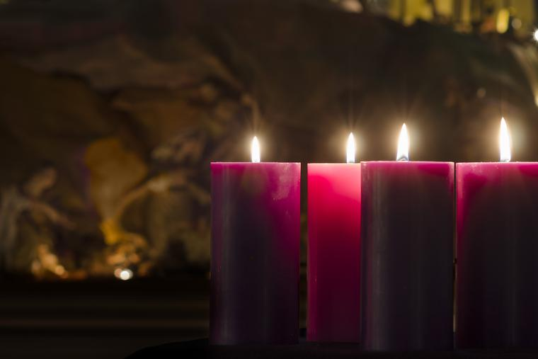We celebrate the final Sunday of Advent, preparing our hearts to welcome Jesus.