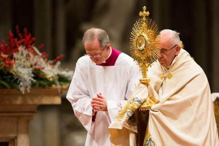 Pope to skip Te Deum, New Year Mass due to sciatica - English