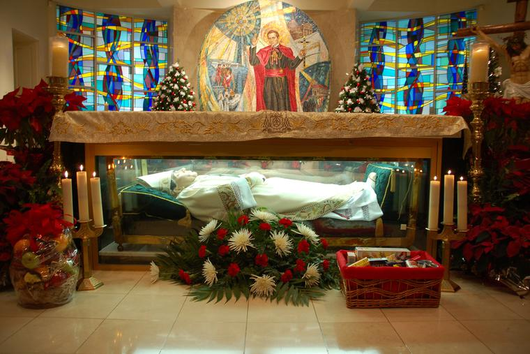 The remains of St. John Neumann enclosed within the glass altar of the National Shrine of Saint John Neumann, located in the lower church of the Parish of St. Peter the Apostle, Philadelphia, Pennsylvania, 2007.