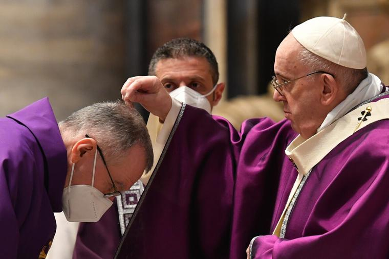Pope Francis celebrates Ash Wednesday Mass in St. Peter's Basilica Feb. 17, 2021.