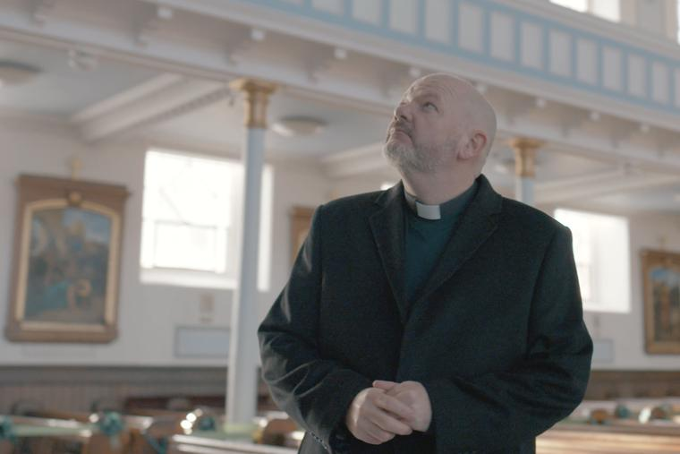 Canon Thomas White opposes the COVID-19-related church closures in Scotland.