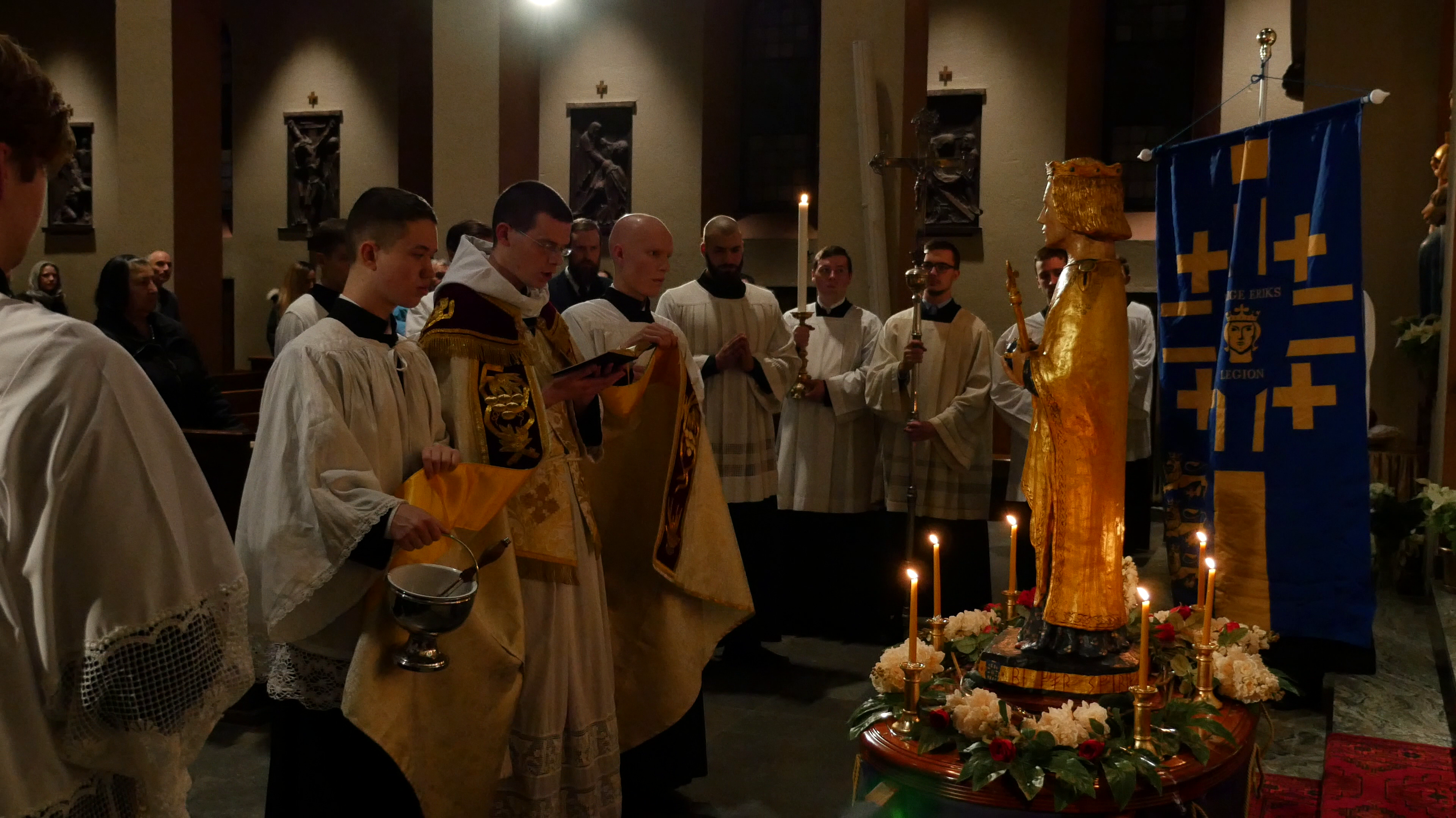 Inaguaration of the statue of Saint Eric donated to the church in Gothenburg.
