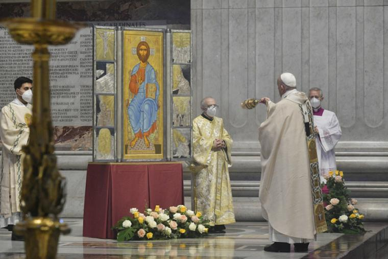 Pope Francis with an icon of Christ during the Easter Sunday Mass in St. Peter's Basilica April 4, 2021.