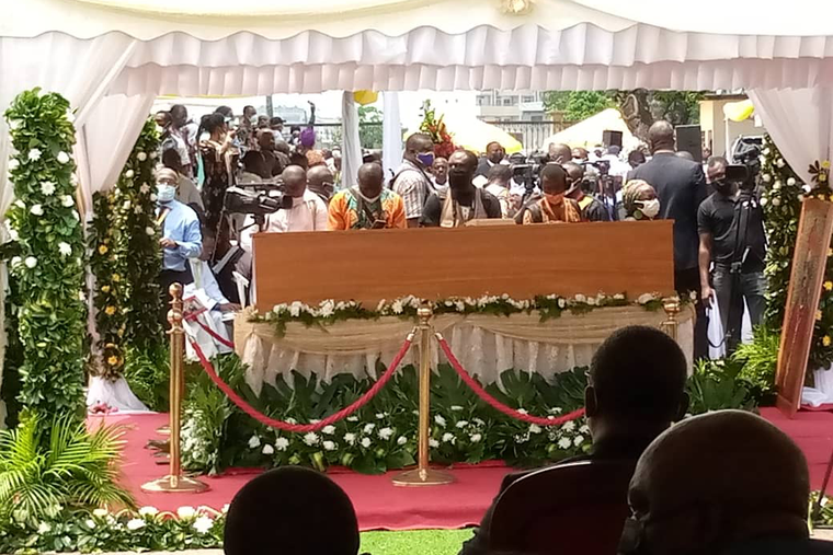 Prelates, priests, and families in Cameroon gather at the funeral for Cardinal Christian Wigyhan Tumi April 20, 2021