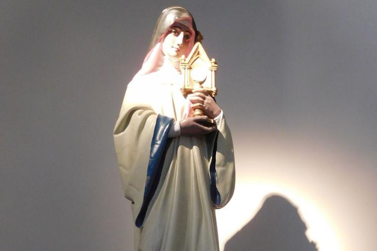 St. Juliana of Liège loved the Eucharist.