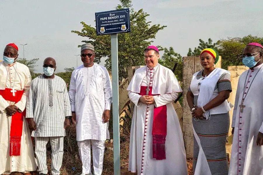 Apostolic Nuncio Archbishop Michael Crotty unveils the new sign of Pope Benedict XVI Street in Burkina Faso's capital, Ouagadougou.