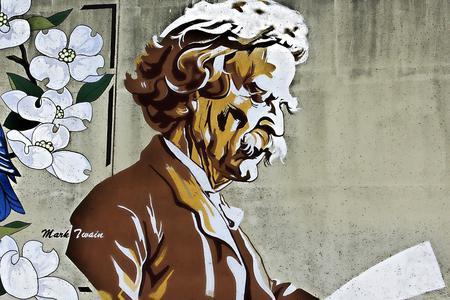Mark Twain Photo by Catherine Stovall from Pixabay