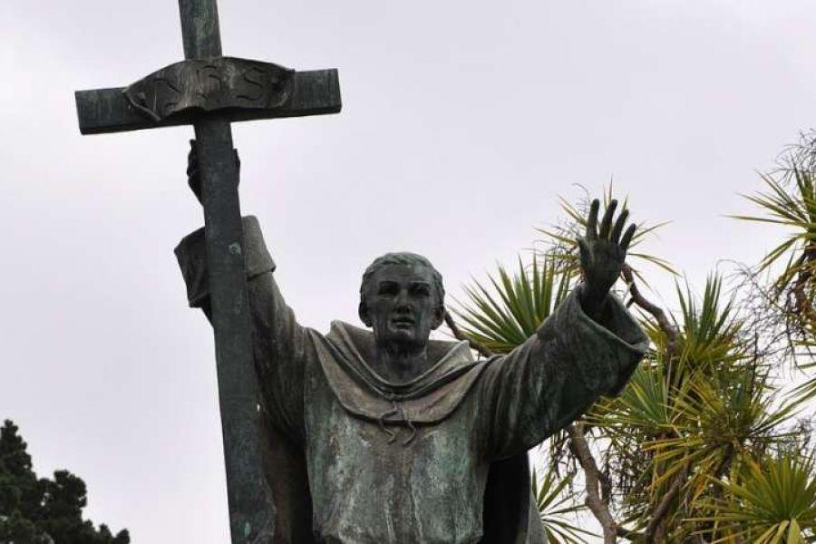 A statue of St. Junípero Serra is located in Serra in Golden Gate Park.
