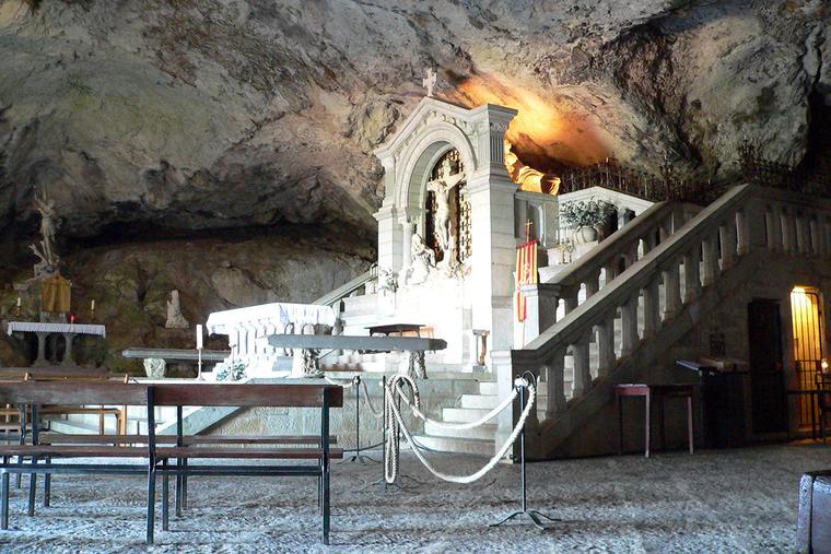 Sainte Baume Grotto