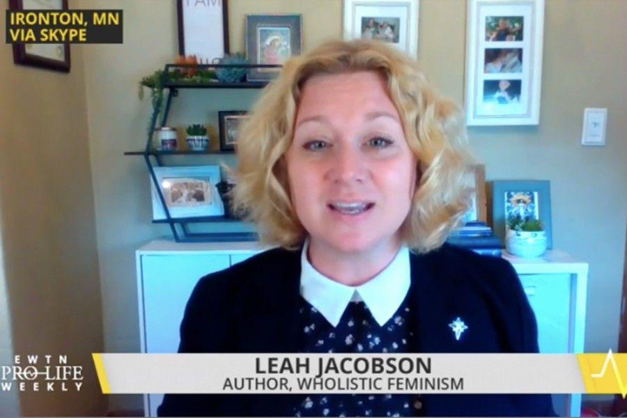 Author Leah Jacobson