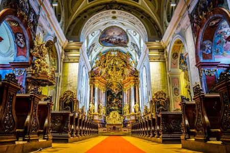 Beautiful Church Photo by Leonhard Niederwimmer from Pixabay