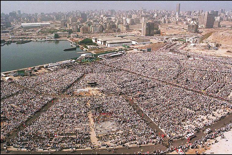 This general view taken May 11, 1997, from a helicopter in Beirut shows the 250,000 pilgrims at the open-air Mass celebrated by Pope John Paul II during his historic visit to Lebanon