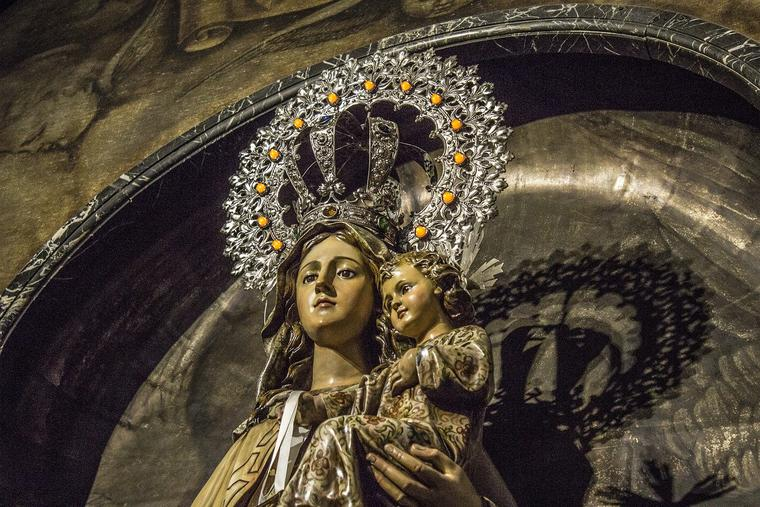Blessed Virgin Mary and Baby Jesus Photo