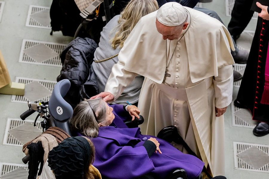 Pope Francis on Grandparents' Day: Elderly Are Not 'Leftovers From Life'