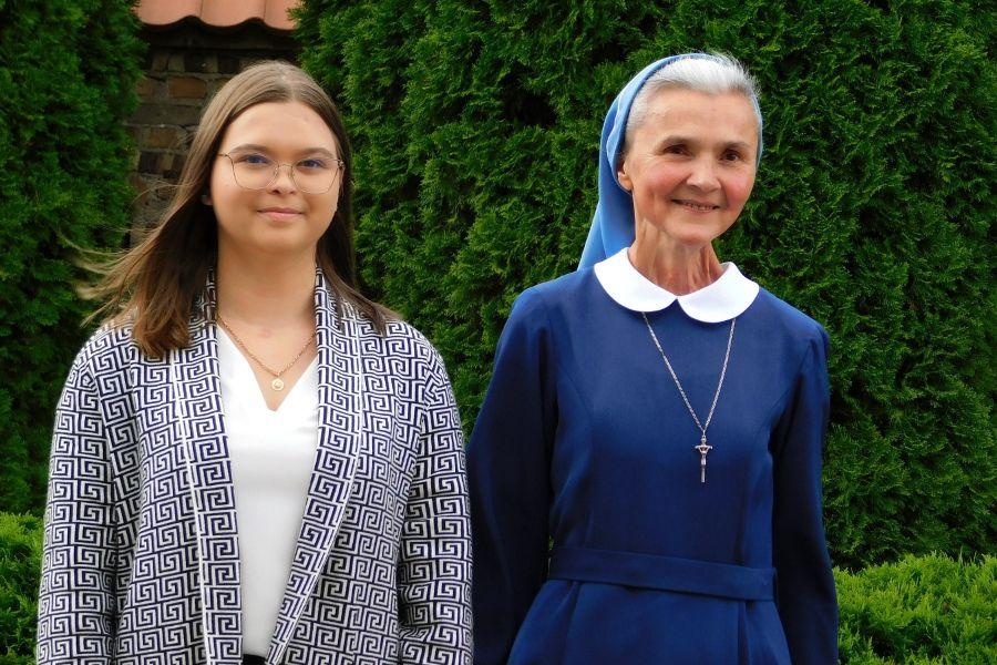 Karolina Gawrych and Sister Nulla were healed, respectively, through the intercession of Mother Elżbieta Czacka and Cardinal Stefan Wyszyński.