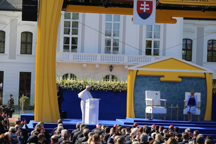 Pope Francis meets with authorities, civil society, and the diplomatic corps in the garden of the Presidential Palace in Bratislava, Slovakia, Sept. 13, 2021.