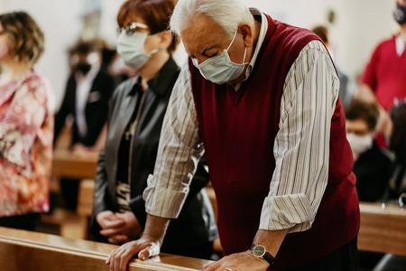 Canadian Archbishop: Only Fully Vaccinated Can Attend Mass