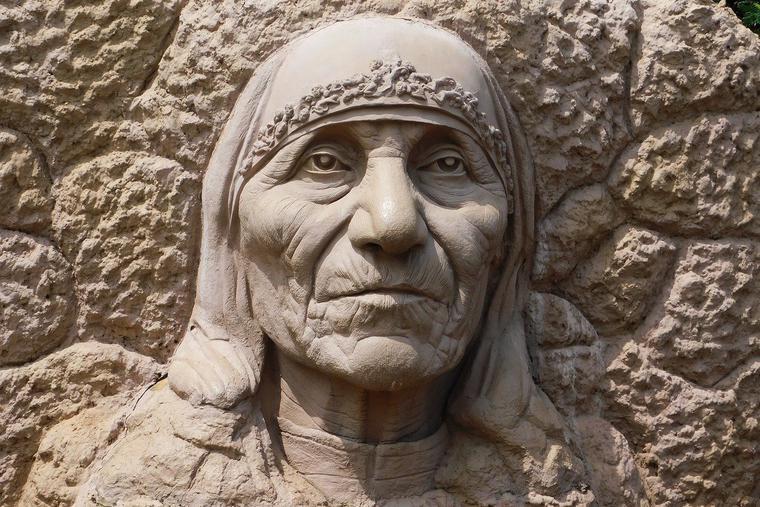 Stone Sculpture of St. Mother Teresa Photo