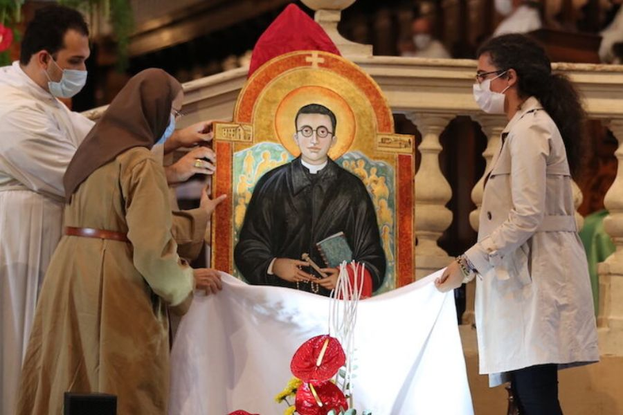 Heroic Catholic Priest Described as a 'Guardian Angel' in WWII is Beatified