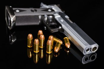 pištolj, mafija, karteli