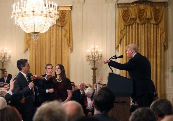 Donald Tramp novinari