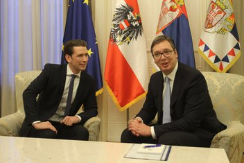 Sebastijan Kurc, Aleksandar Vučić