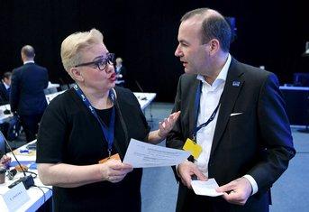 Sirpa Pietikainen, Manfred Veber
