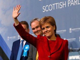 Nikola Sturdžon, Škotska nacionalna partija