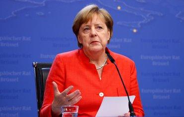 Angela Merkel, Đuzepe Konte