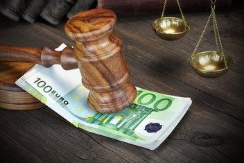 Euri, presuda